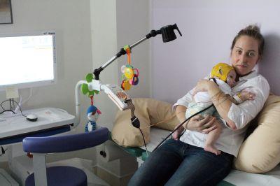Děti s neurologickými potížemi vyšetřují na Hornické poliklinice moderním přístrojem